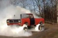 Video: This Blown 4x4 Burnout Proves Some Rednecks Have All The Fun