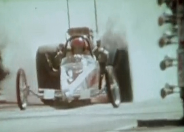 """Video: Rare Footage """"Burn On"""" From 1973 At New England Dragway"""