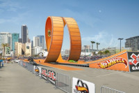 Double Loop Dare: When Big Boys Play With Hot Wheels