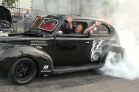 Video: Rick Dyer Doing A Gangster Burnout - Look Ma, No Hands!