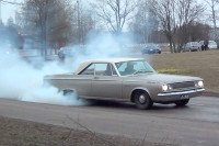 Video: Musclecars And Burnouts - Who Doesn't Love A Good Burnout?