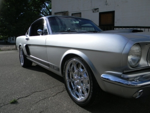 1966_mustang_feature 004