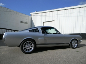 1966_mustang_feature 010