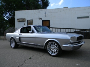1966_mustang_feature 022