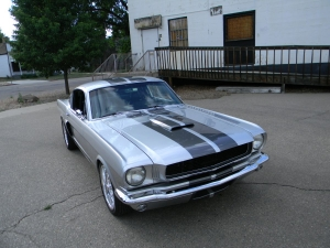 1966_mustang_feature 023