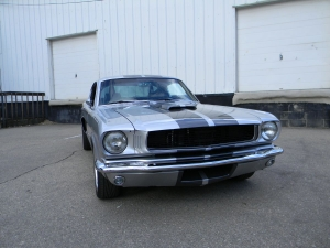 1966_mustang_feature 052