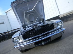 1966_mustang_feature 064