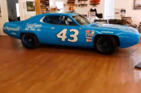 Video: Massive Mopar and Musclecar Collection