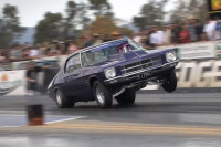 Video: Aussie Holden Monaro Hangs One Hoop Nearly 1/4 Of The Track!