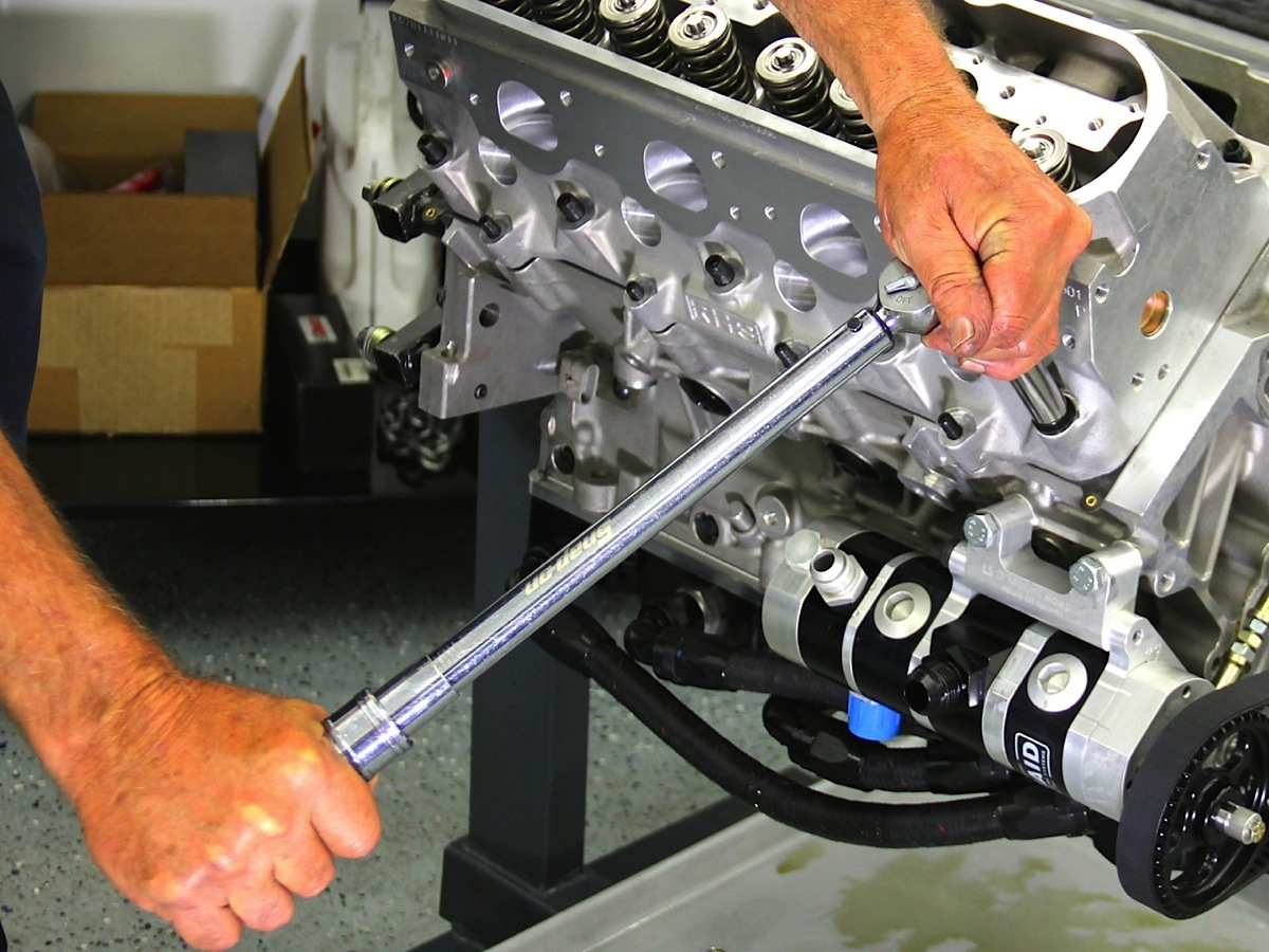 Team Torque: Calibration is Key to Torque Wrench Accuracy