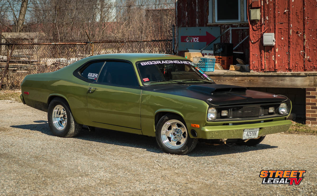 car feature rick trunkett 39 s nasty 1972 plymouth duster has boost street muscle. Black Bedroom Furniture Sets. Home Design Ideas
