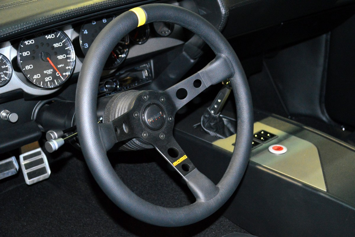 Street Legal Tv S Top 5 Interiors From The Sema Show