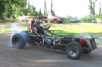 """Video: V8 """"Go-Kart"""" Is The Most American Thing You'll See Today"""