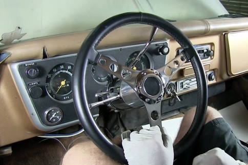 Video: Installing A Flaming River Steering Wheel And Wheel Adapter