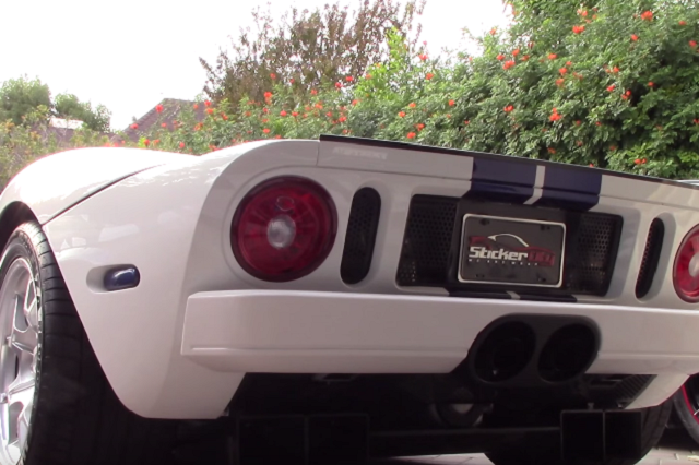 Video: Raucous Revving With A Ford GT And Challenger Hellcat