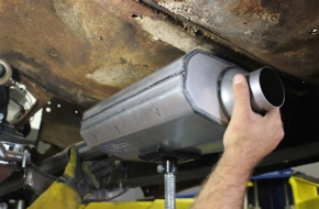 Achieving Tight Clearance For Installing Exhaust On Tiger's Eye
