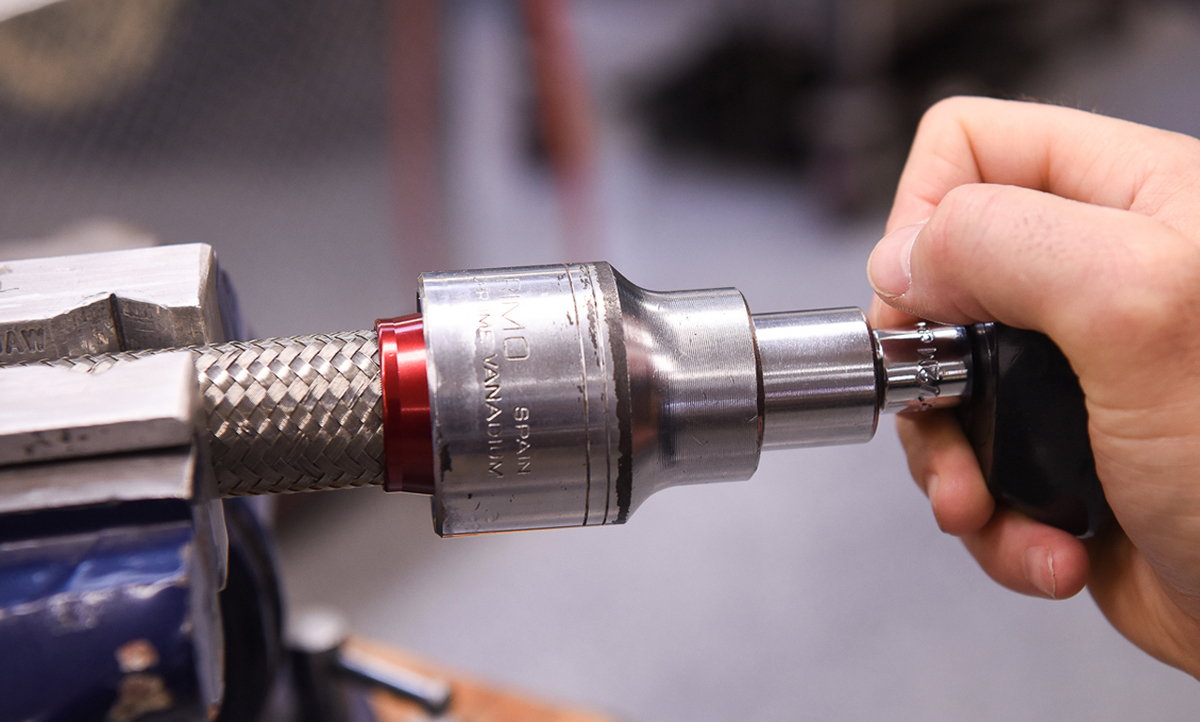 Video: New Tip from Koul Tools for Installing AN Fittings