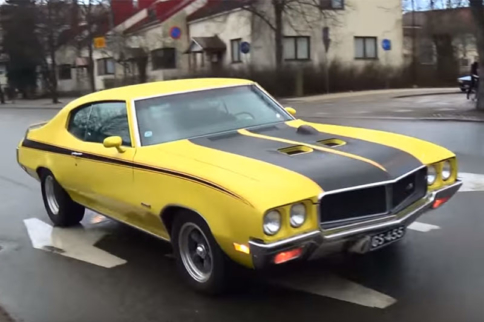 Video: An Evening of Wet Streets And Smoky Burnouts in Finland