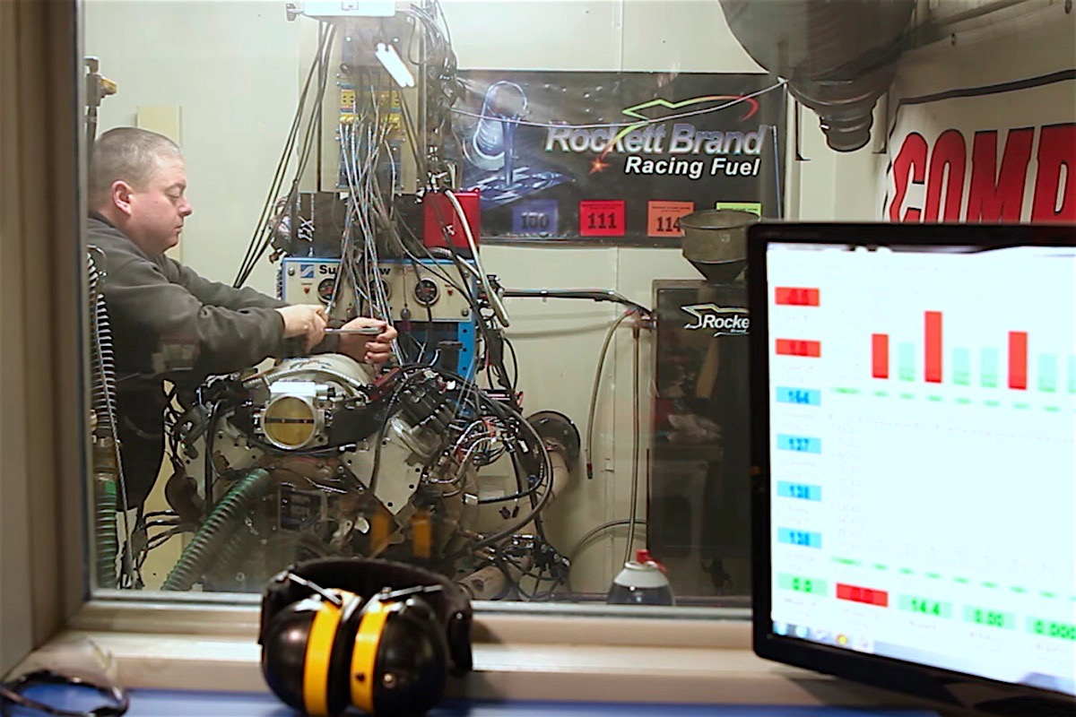 Video: FAST LSX Interchangeable Runner Dyno Testing