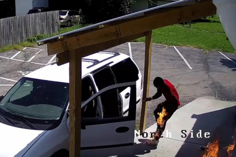 Video: Darwin Contestant Sets Himself On Fire During Arson Attempt