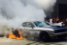 Video: How To Win A Burnout Contest With Your New Hellcat Challenger