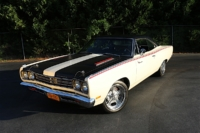 MP Brakes Puts The Binders On This Gorgeous 1969 Hemi Road Runner