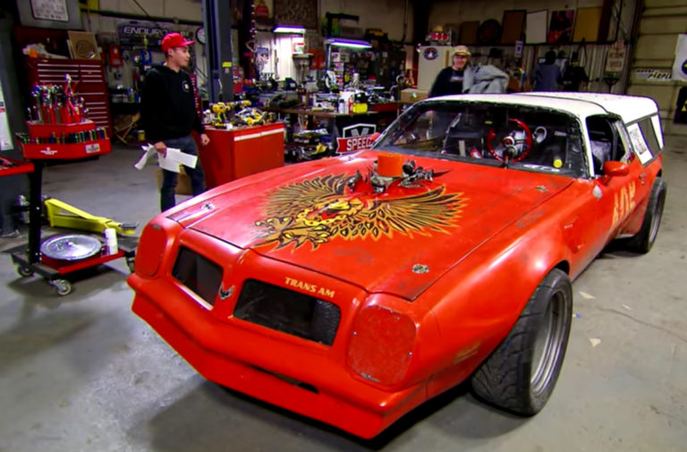 Video: Farmtruck and AZN Present The Latest Stablemate - Farmbird