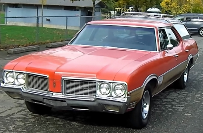 Video: Eight awesome longroof muscle cars, from mild to wild