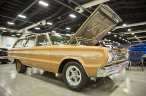 The Wagon Man: Dale Jolley's Old School Plymouth Belvedere Wagon