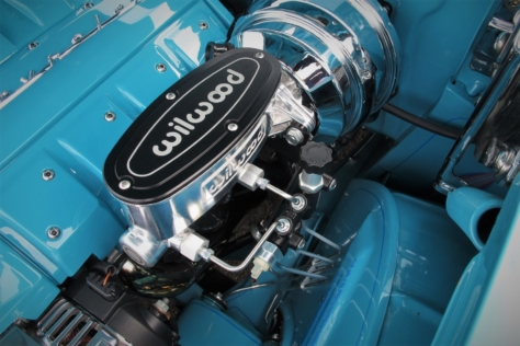 linsday-mclaughlins-blue-57-chevy-blends-both-old-and-new-0032