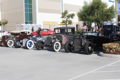 united-pacific-industries-rigs-and-rods-show-why-not-two-0408